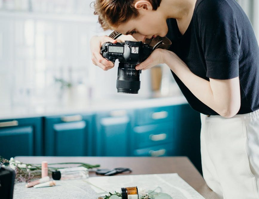 Use photos to bring your story to life